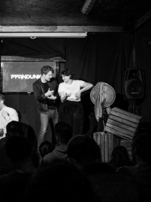 Long-form-improv: Impro-Comedy von Pfand im Mad Monkey Room in Berlin