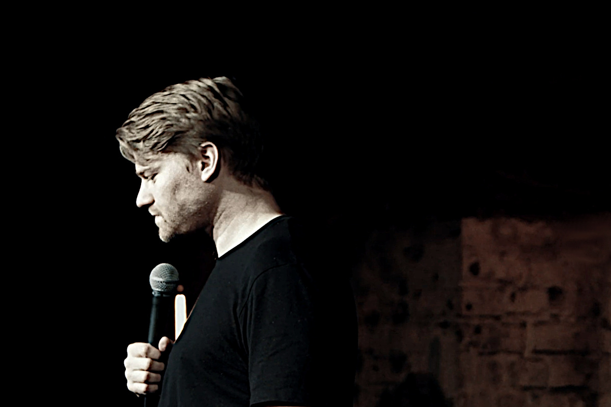 Shahak Shapira im Stand-up-Special German Humor